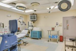 Gadsen Eye Associates procedure room <a class=